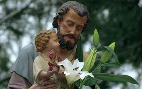 De l'importance de Saint Joseph dans nos vies... Cotignac (Var) Joseph-a-Cotignac